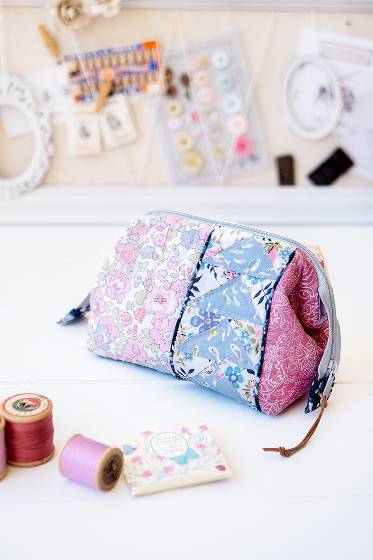 Zakka Workshop Kit - Flying Geese Pouch cute and practical