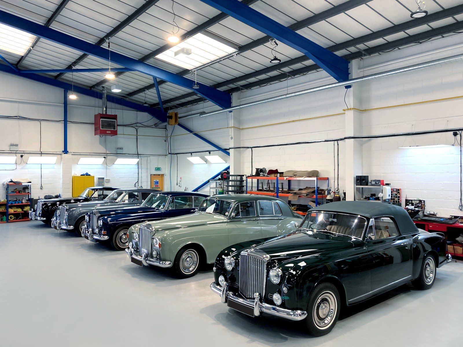 Servicing for classic Bentley and Rolls-Royce cars