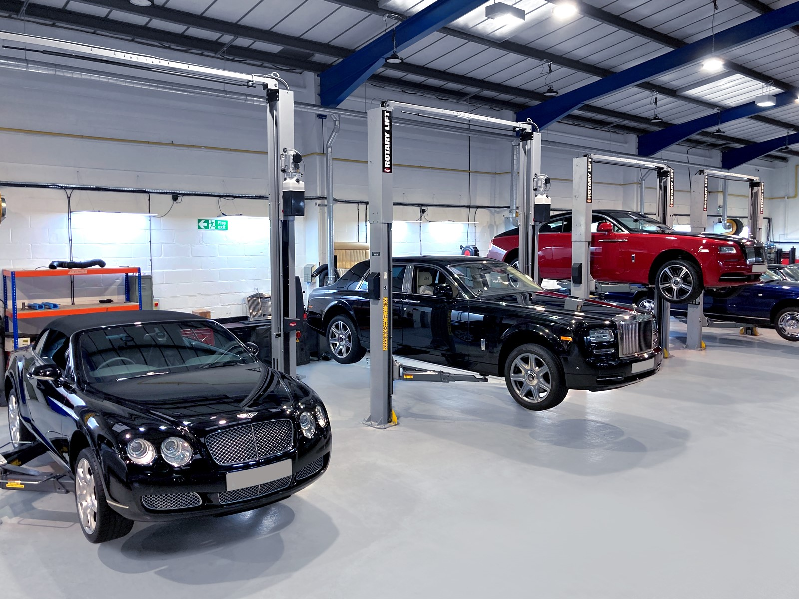 Servicing for modern Bentley and Rolls-Royce cars