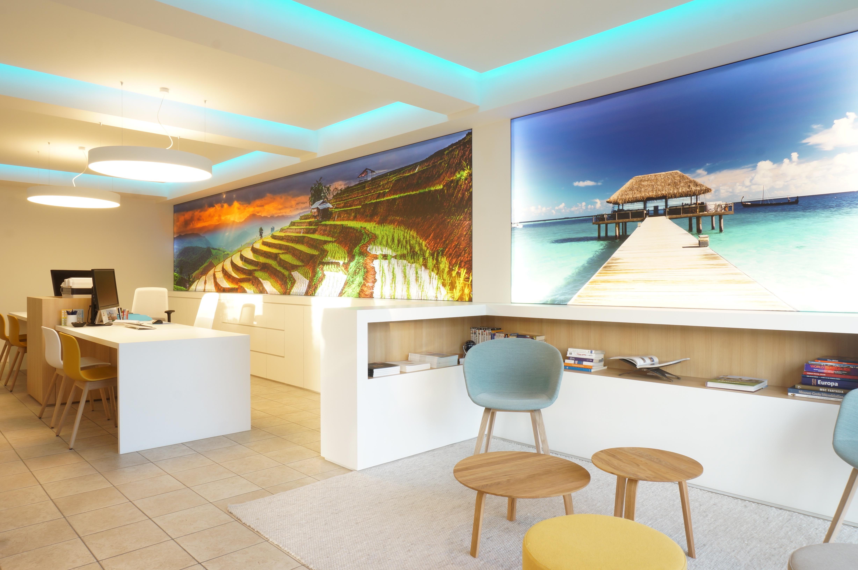 Winkel Reisbureau 2 Travel