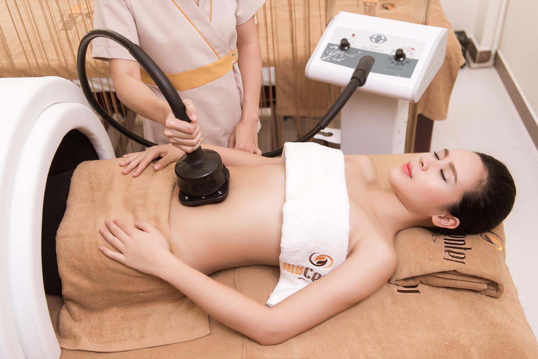 cách massage giảm mỡ bụng bằng muối