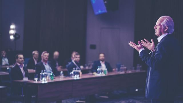 Dr. Markus Elsässer auf der World of Value 2020
