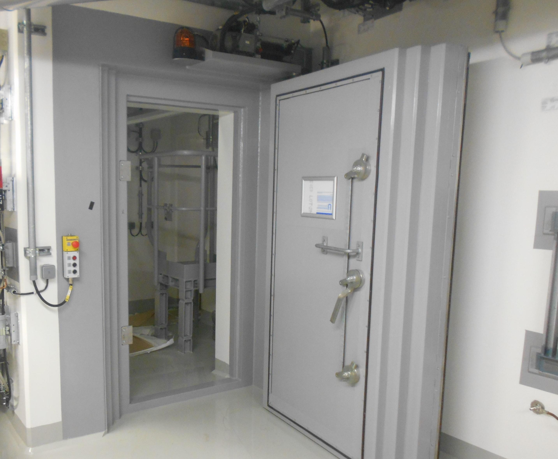 Porte de protection rayons gamma et neutroniques - Neutronic