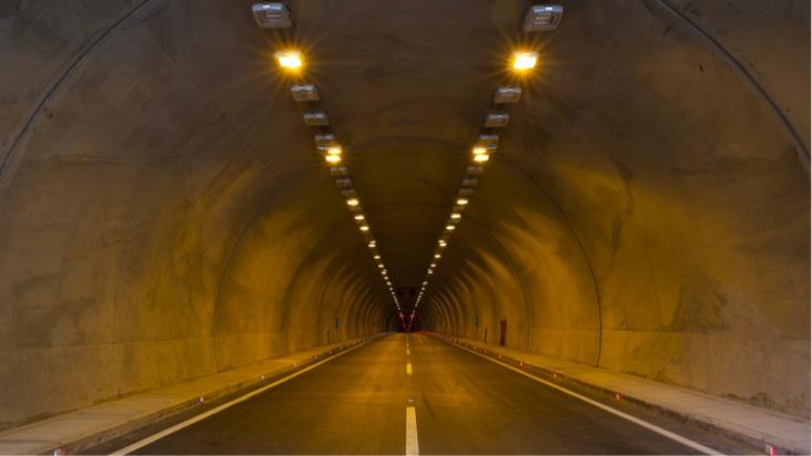 Equipements techniques pour la protection des tunnels