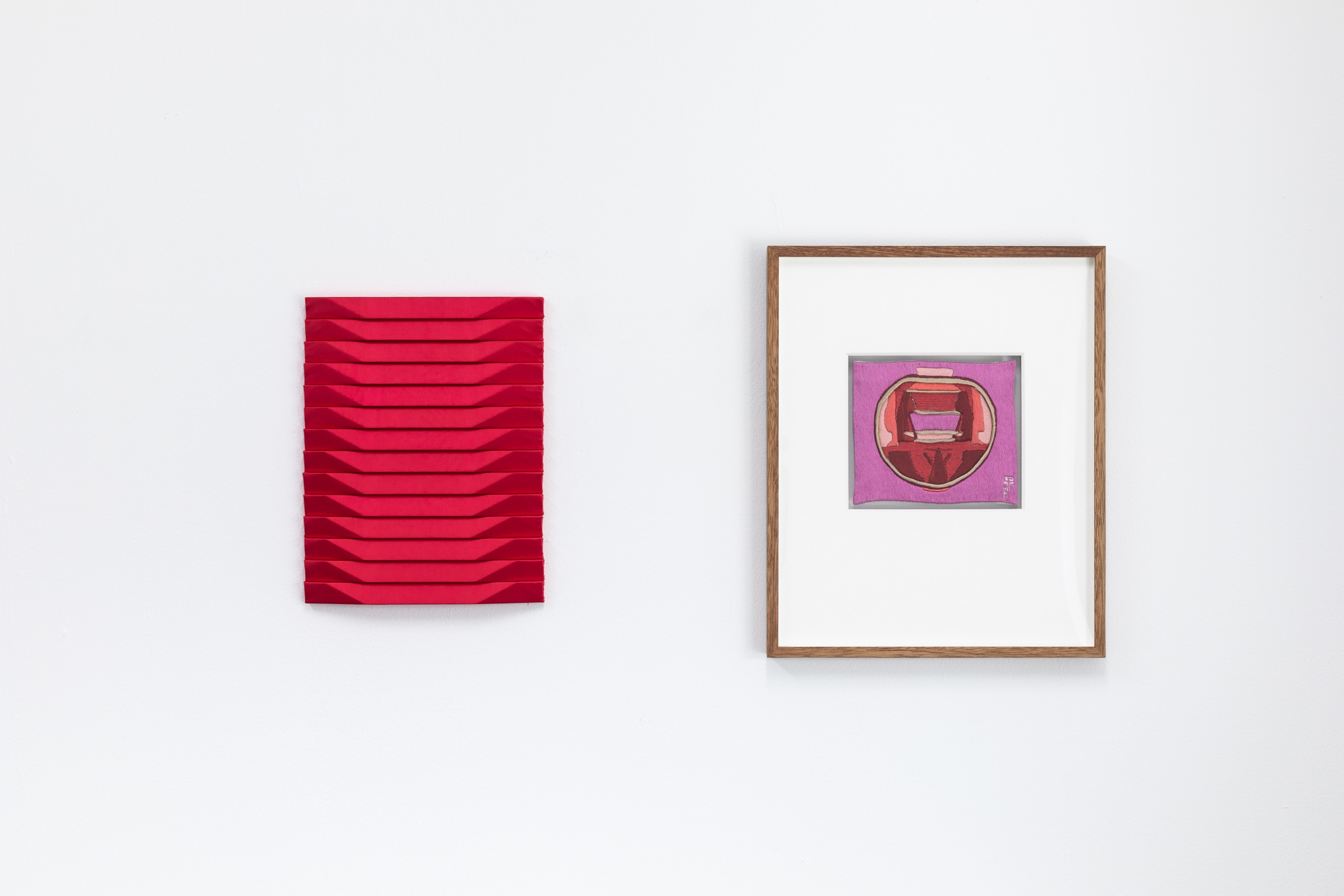 Roman Gysin, Satinbild [Satin Image] (Red), 2021, fabric, wood. Lissy Funk, Der Weg zu Dir [The path to you], 2002, hand embroidery