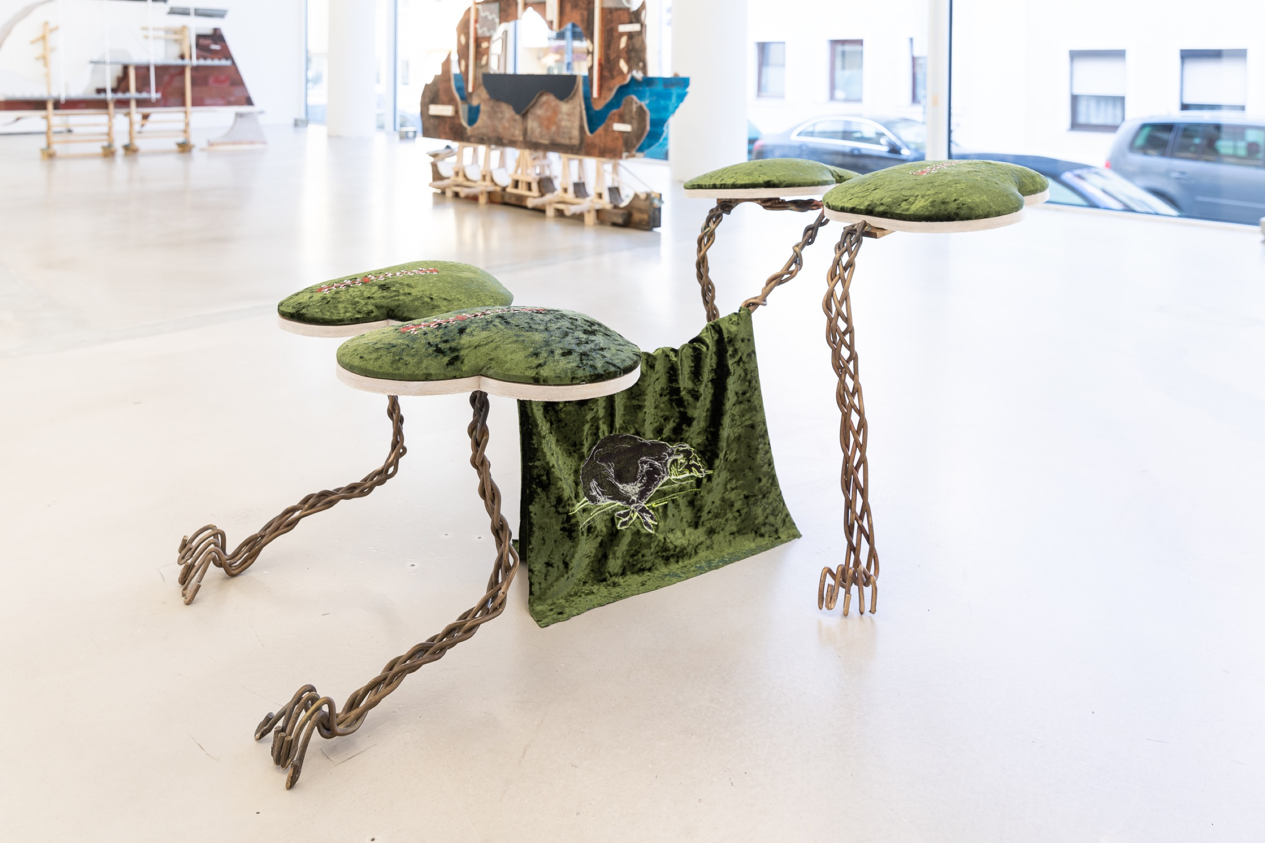 Brittni Ann Harvey, Lamb of God (bowing robot dog), 2021, embroidered polyester, plywood, polypill, bronze