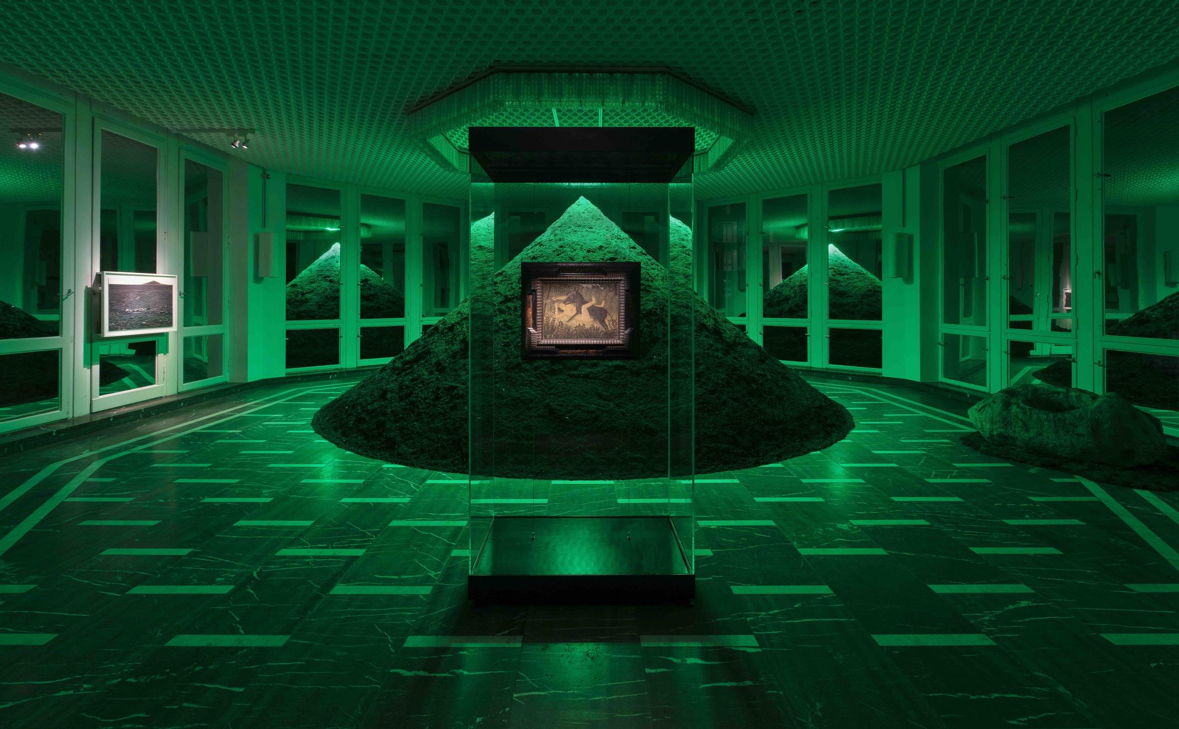 Installation View, Schinkel Pavillon, 2021
