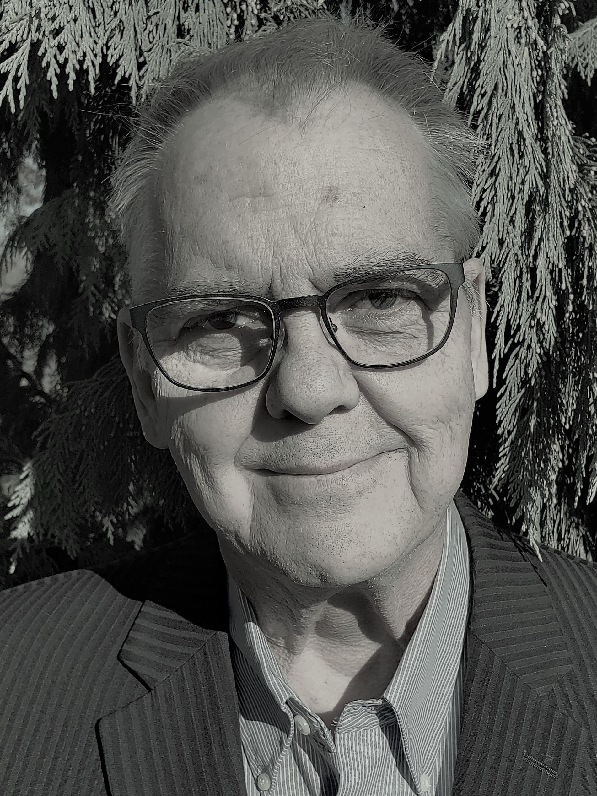 Robert Kominar