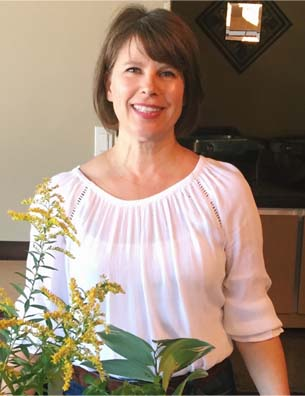 Picture of Clinical Herbalist Darcy Nick