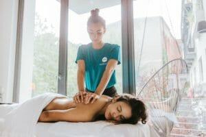 Massagen als Teil der betrieblichen Gesundheitsförderung