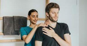 Gönnen Sie Ihren Mitarbeitern eine erholsame Nackenmassage nach einem anstregenden Tag