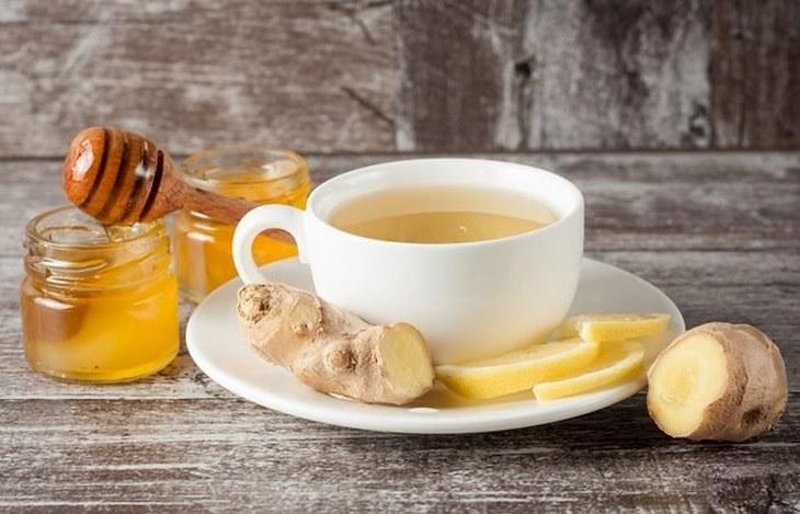 Trà gừng vừa có tác dụng giữ ấm cho cơ thể vừa giúp giảm nhanh các triệu chứng do viêm
