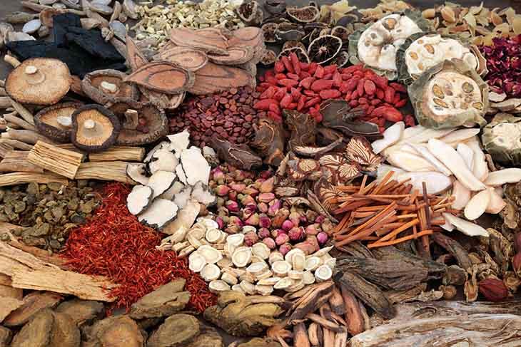 Bài thuốc Đông y với dược liệu thuần tự nhiên đặc biệt an toàn cho sức khỏe