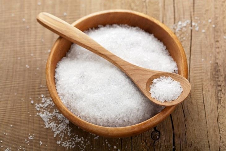 Có thể sử dụng nước muối loãng để giảm các triệu chứng viêm xoang hàm tại nhà
