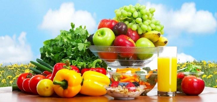 Nên bổ sung vitamin bằng cách ăn nhiều rau, củ, quả tươi khi điều trị bệnh