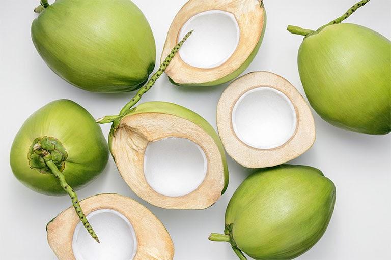 Quả dừa hỗ trợ giảm các cơn đau dạ dày hiệu quả