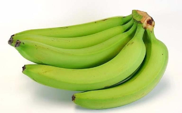 Chuối xanh là một trong những nguyên liệu giúp giảm đau dạ dày lành tính