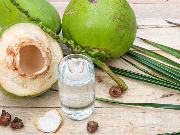 Trị trào ngược dạ dày thực quản tại nhà an toàn bằng dừa
