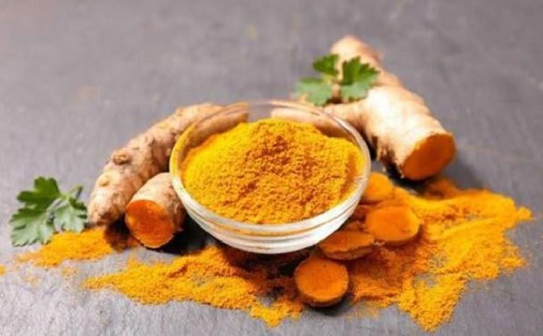 Nghệ vàng là thực phẩm mà người bị trào ngược nên ăn