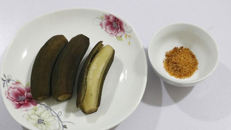 Bổ sung chuối xanh luộc giúp giảm nhanh cơn đau dạ dày