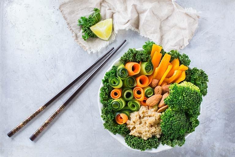 Rau xanh là một trong những thực phẩm tốt cho dạ dày mà bạn nên bổ sung hằng ngày