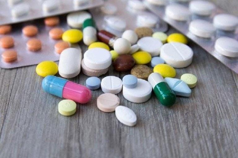 Lạm dụng thuốc Tây là một trong những nguyên nhân dẫn đến viêm trợt hang vị
