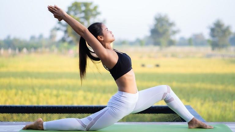 Tập yoga giúp hỗ trợ chữa bệnh rất tốt