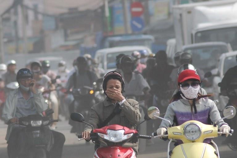 Sống trong môi trường khói bụi, ô nhiễm cũng là nguyên nhân gây bệnh