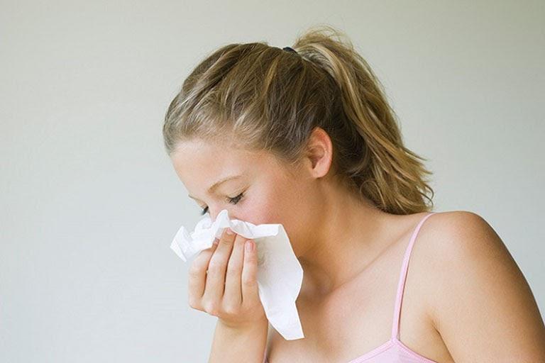 Đây là tình trạng có dự xuất hiện của virus, vi khuẩn trên nền viêm mũi dị ứng