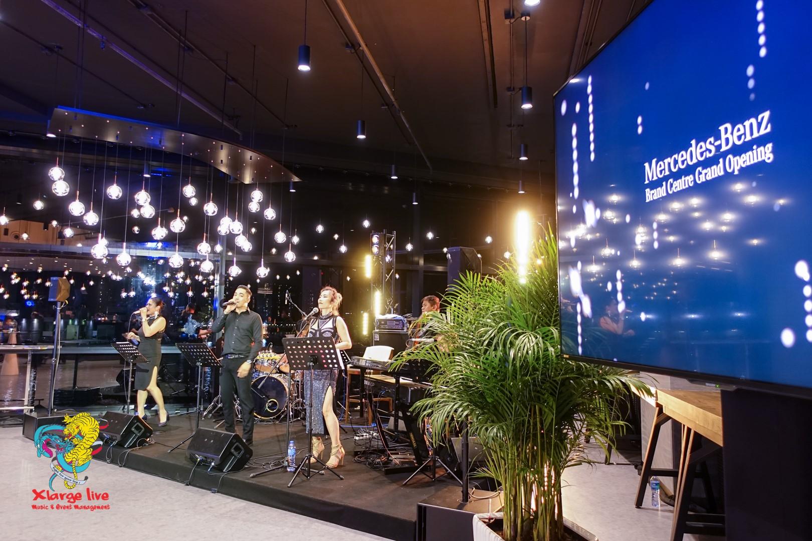 Mercedes Ben Brand Centre