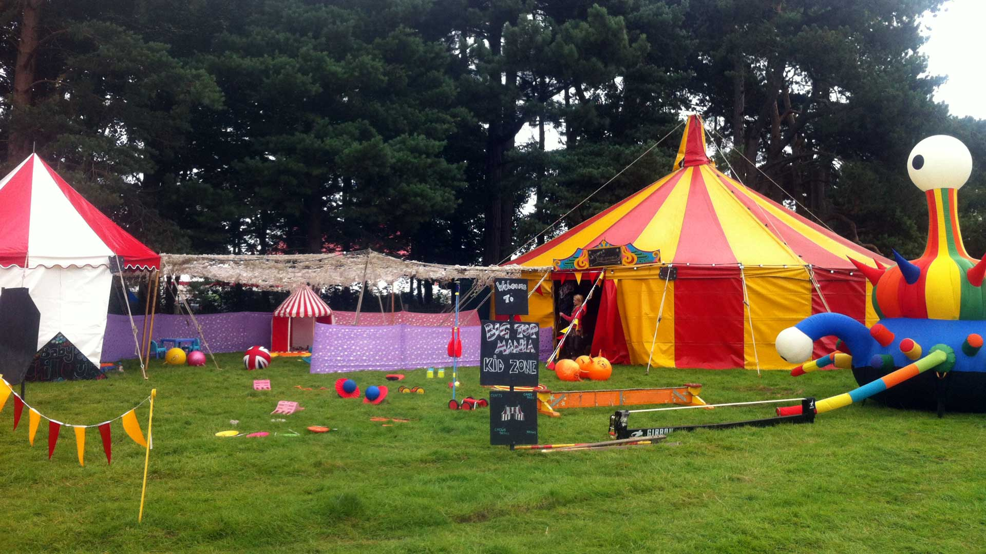11m round red and yellow baby big top