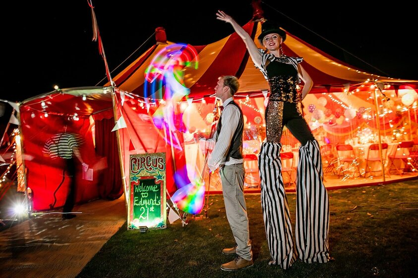 Circus party entertainers