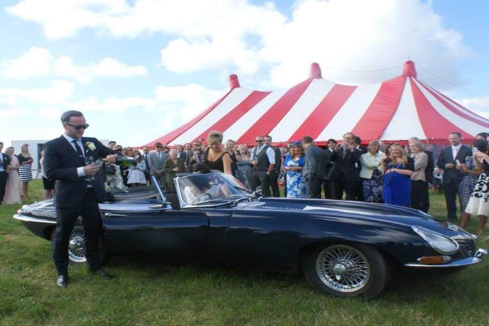 Jaguar e-type wedding car