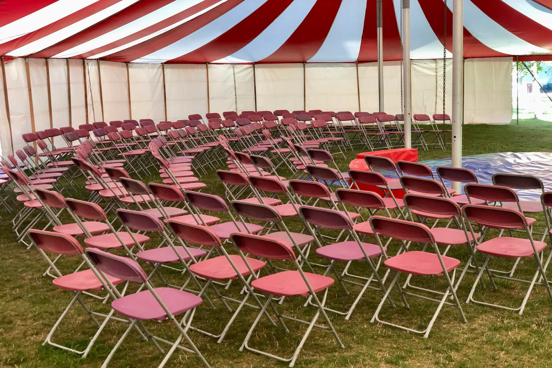 Audience seating arrangements in marquee theatre tent