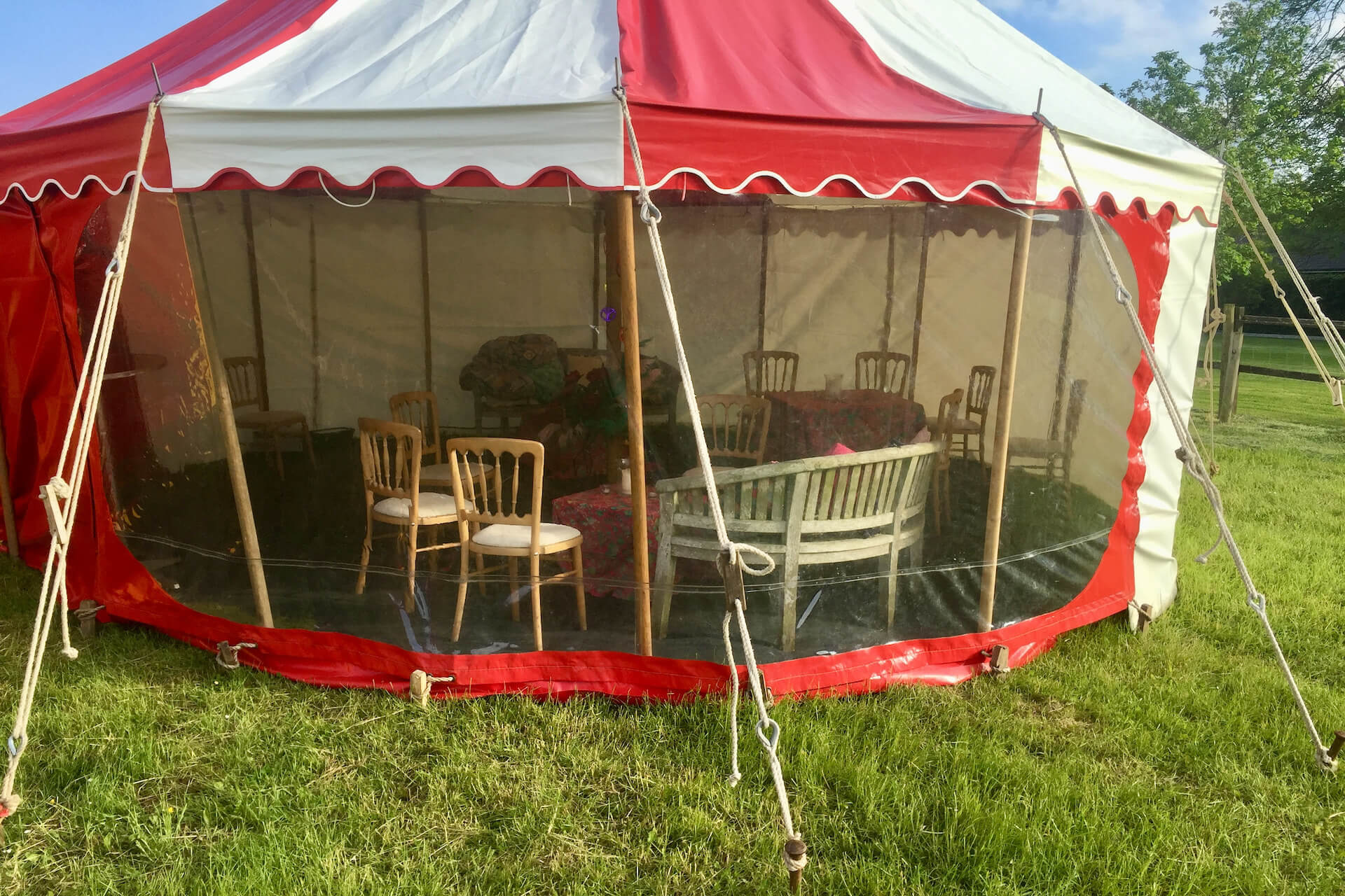 Small lounge tent for party hire