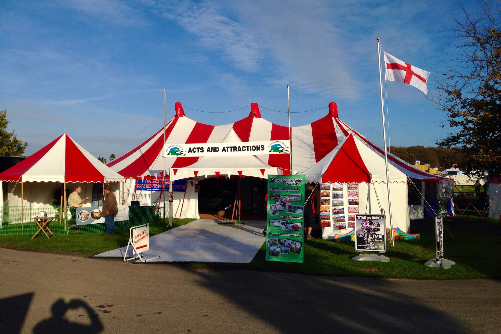 Acts and Attractions tent Showman's Show Berkshire