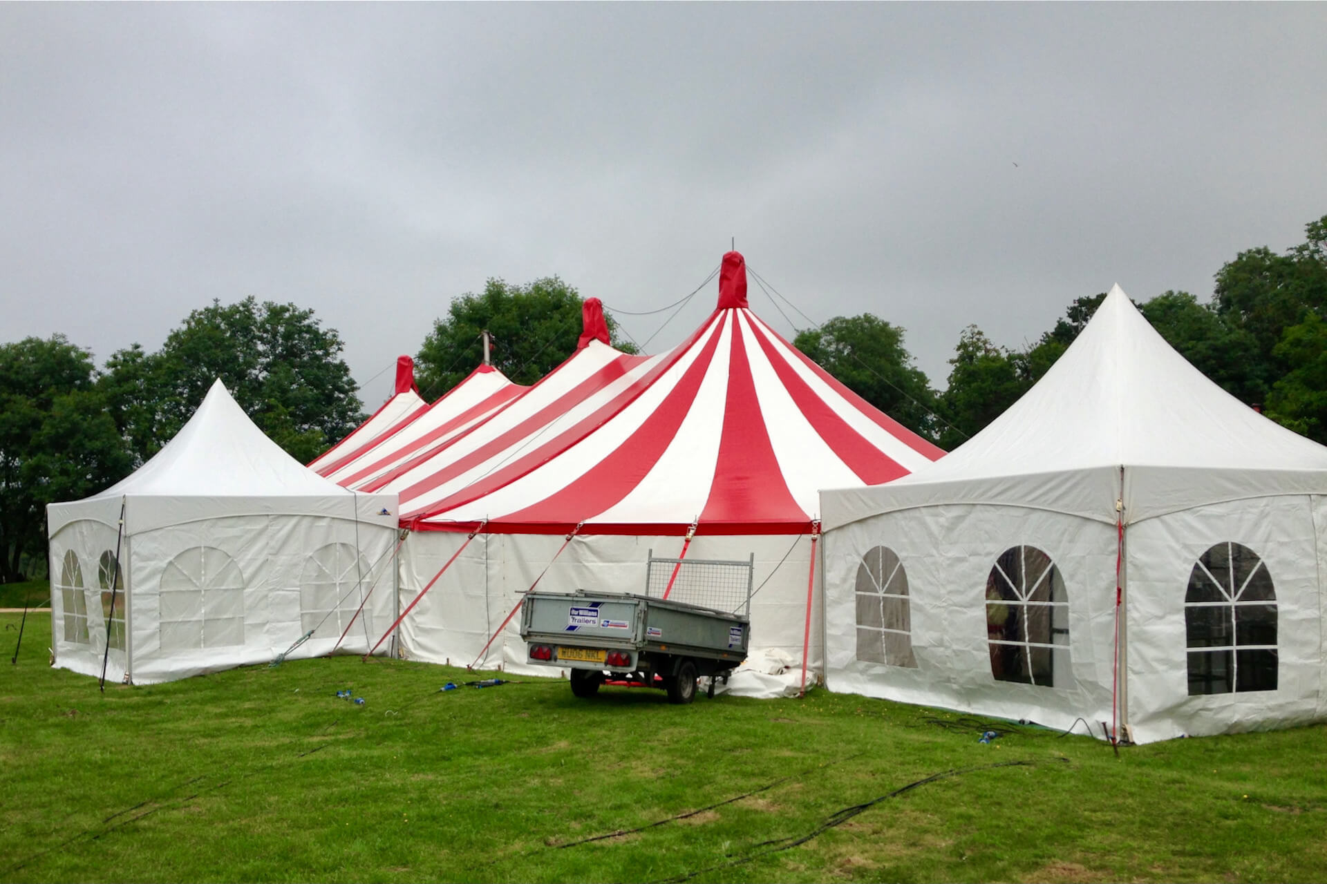 Catering & service tents