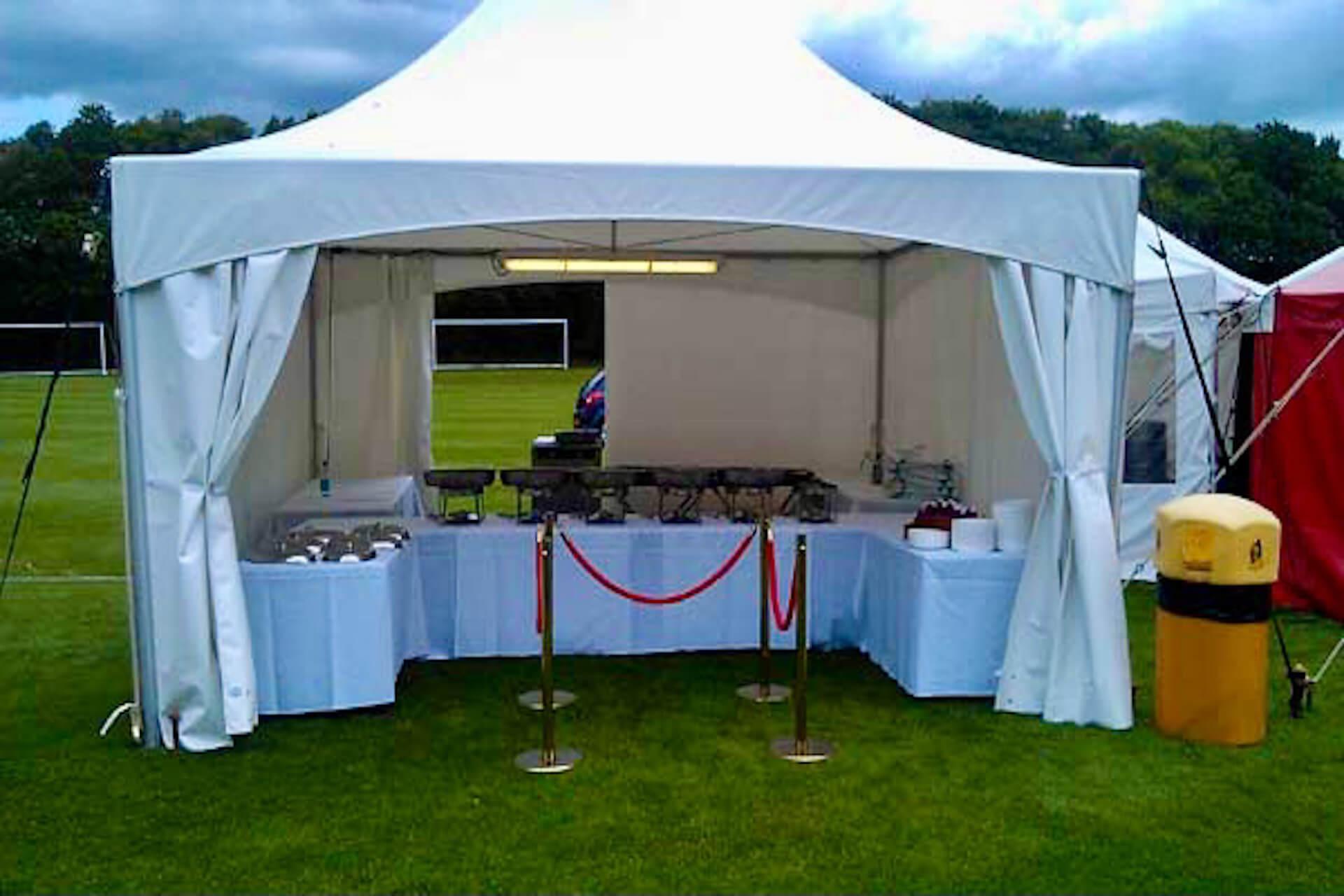Food serving tent