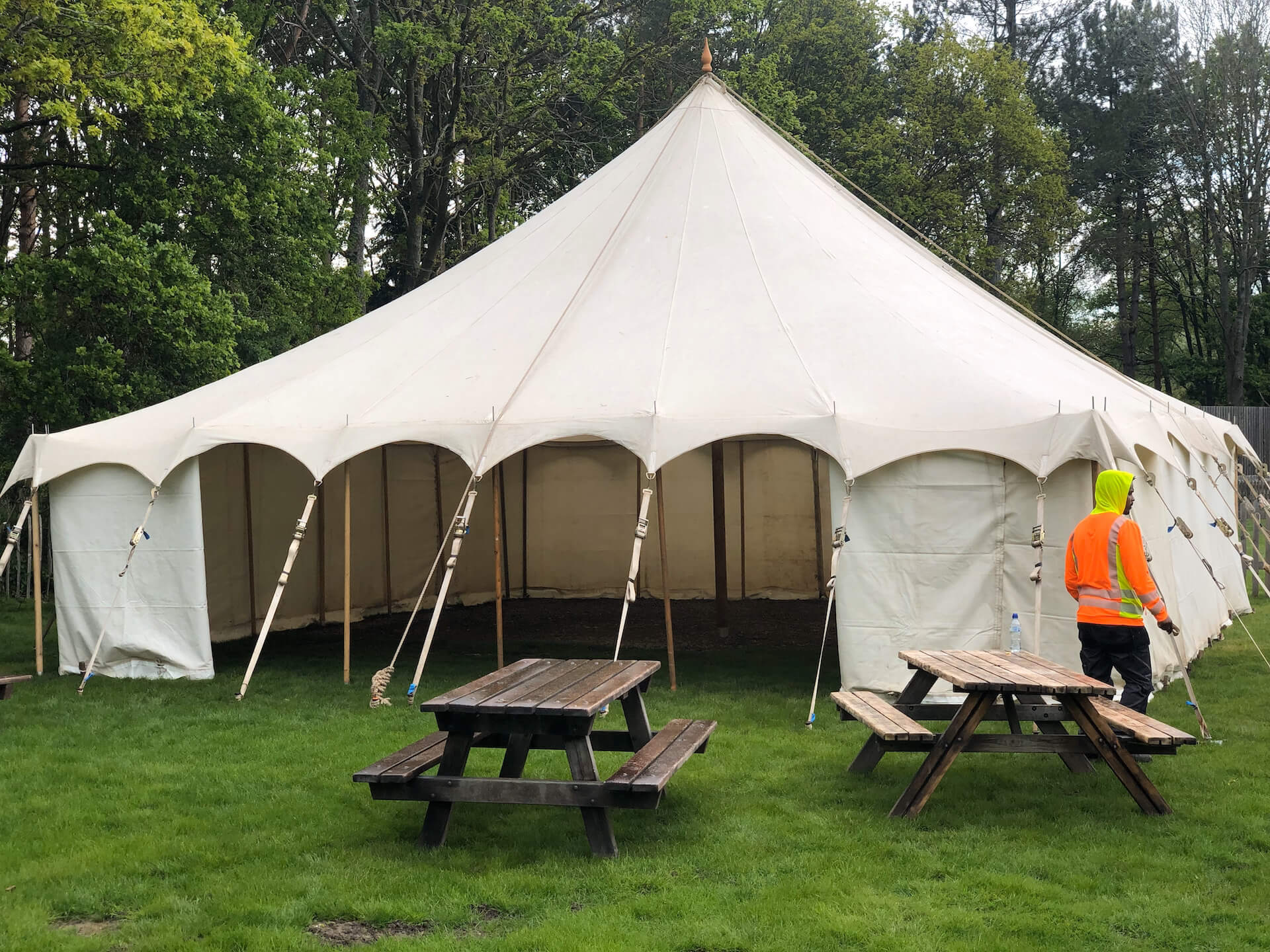 9x9m Traditional marquee hire