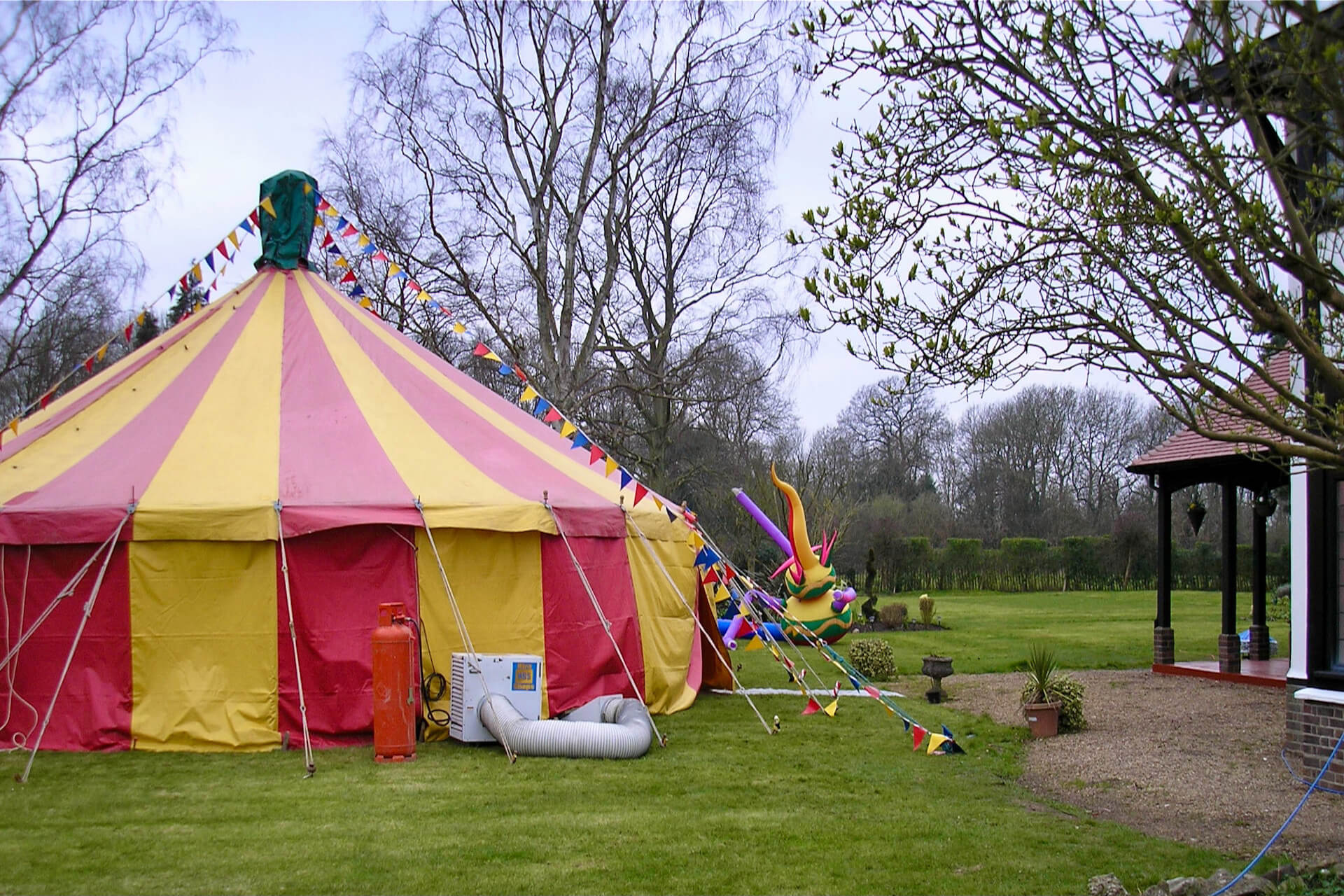 Childern's circus theme birthday party Cotswold