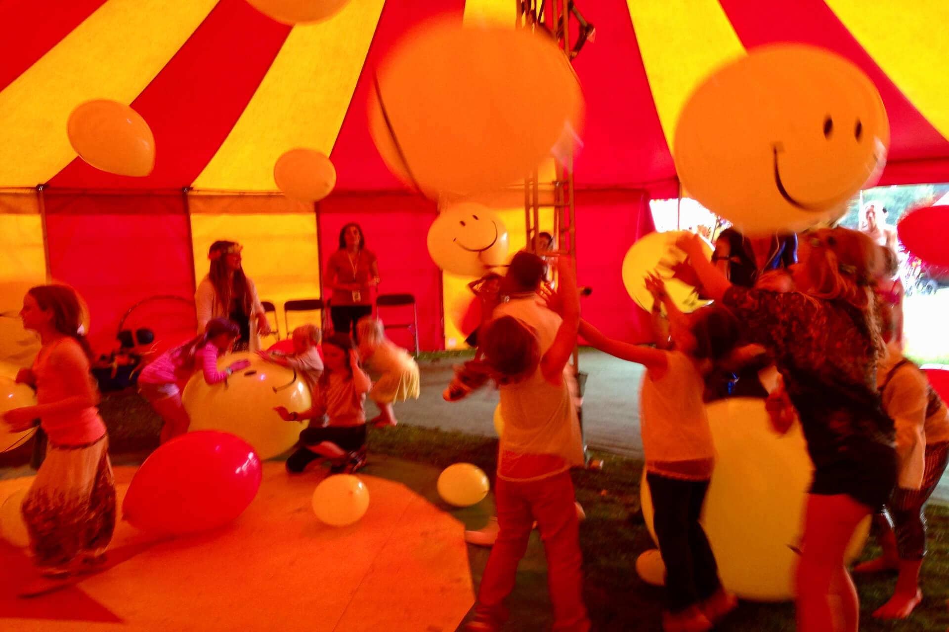 big balloon disco