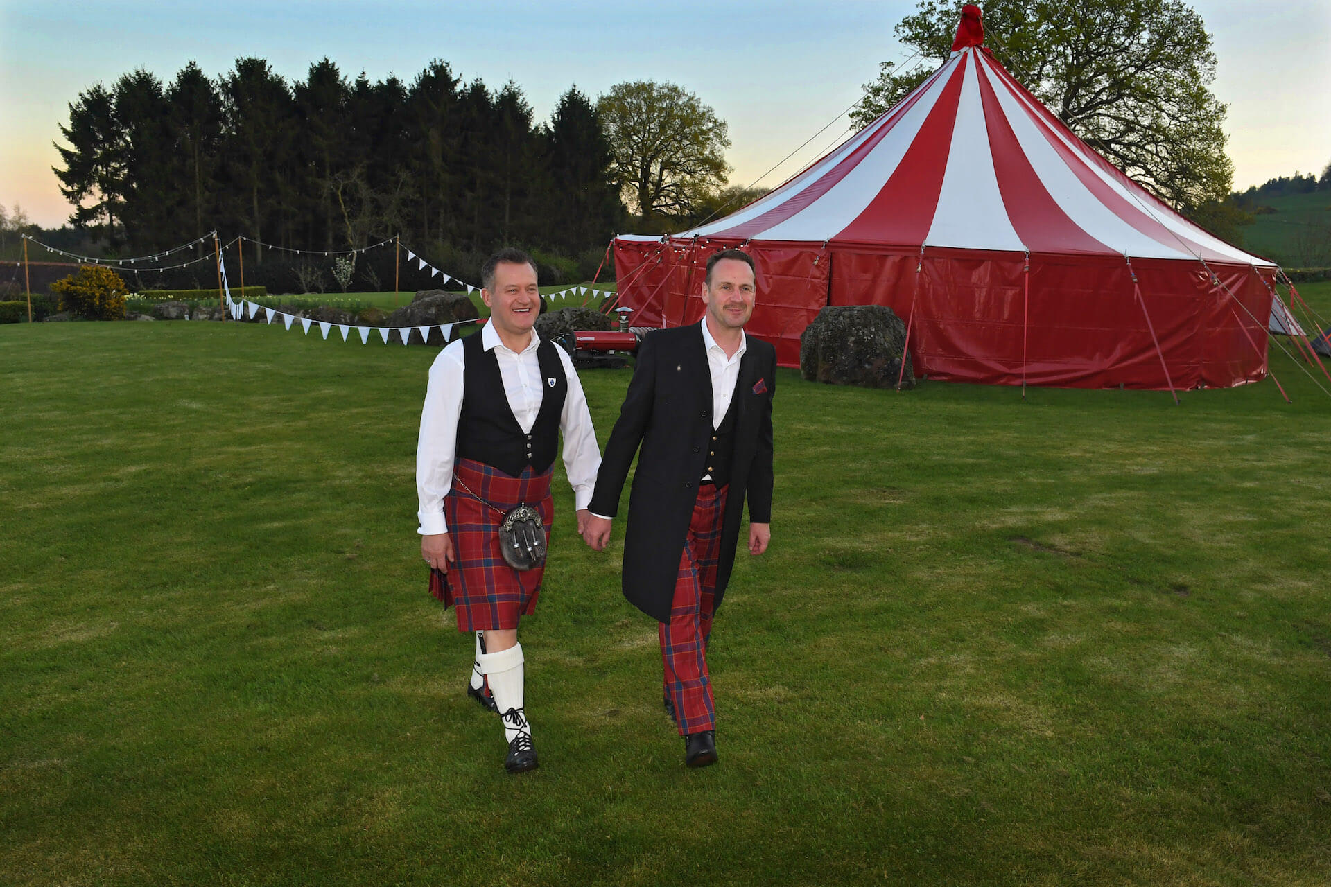 A  garden wedding in Cheshire