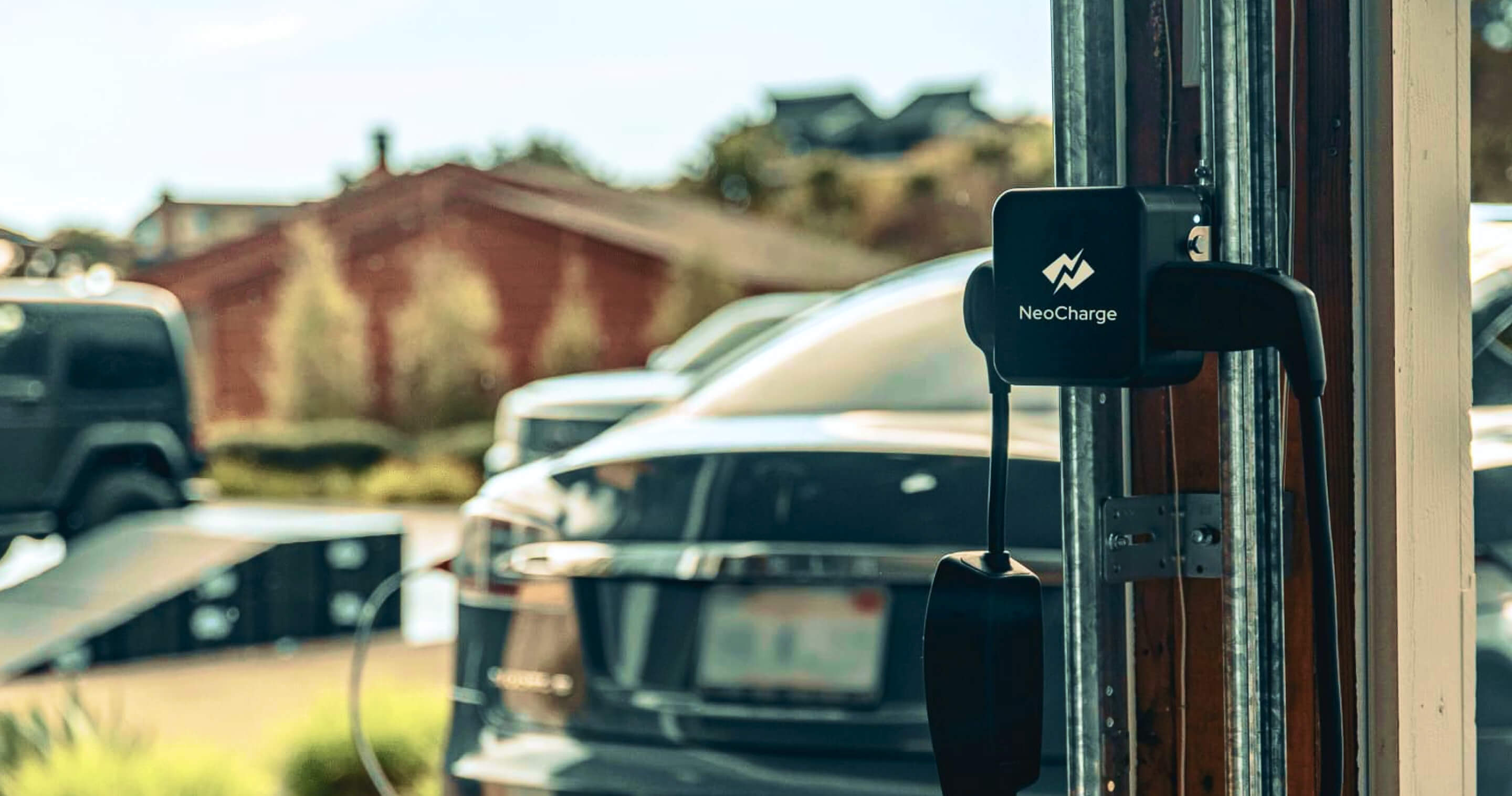 Charging an electric vehicle at home using NeoCharge Smart Splitter