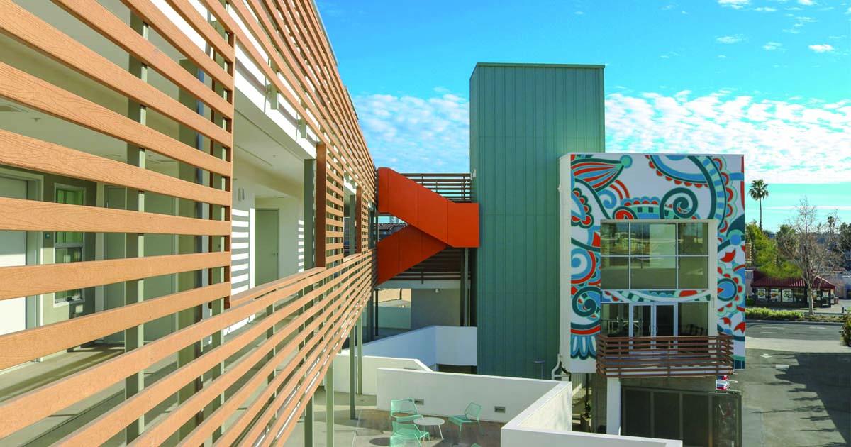 An outdoor apartment building called Casa Queriencia