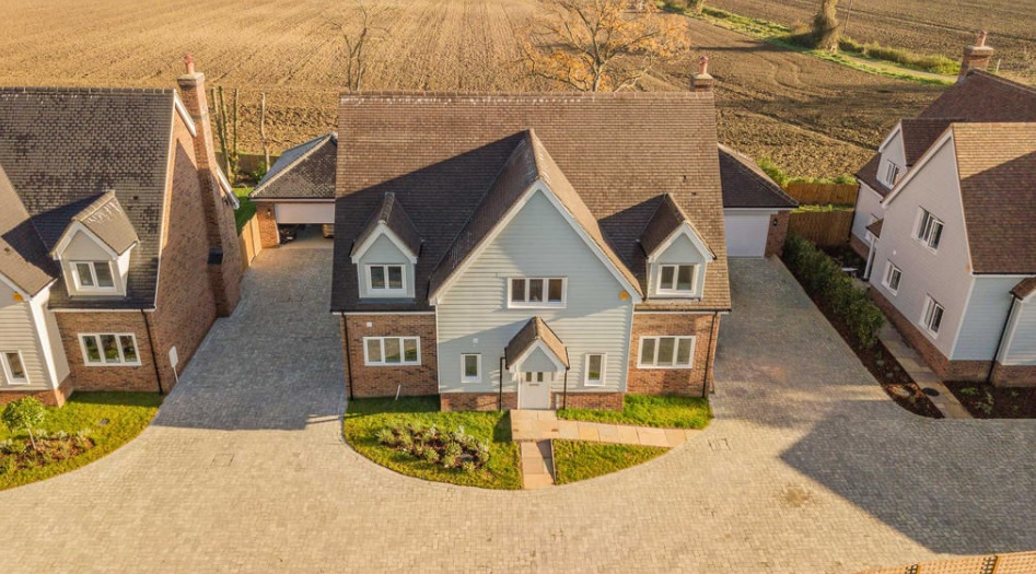 Joscelyne Chase - Exclusive Property for Sale in Essex