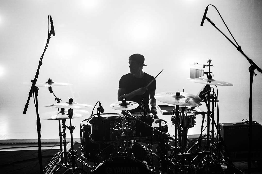 mike-sleath-drummer-shawn-mendes-live