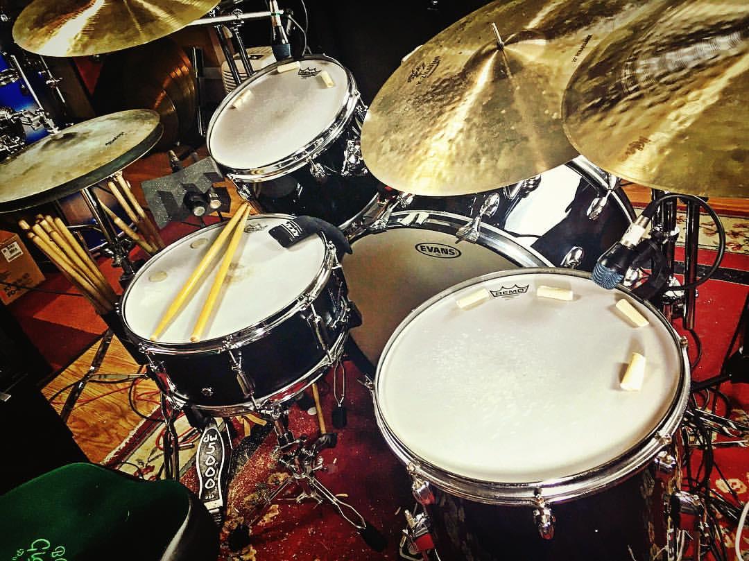 Mike-Dawson-Managing-Editor-for-Modern-Drummer-slingerland-bop-vistalite-slingerlandmcd-single-headed