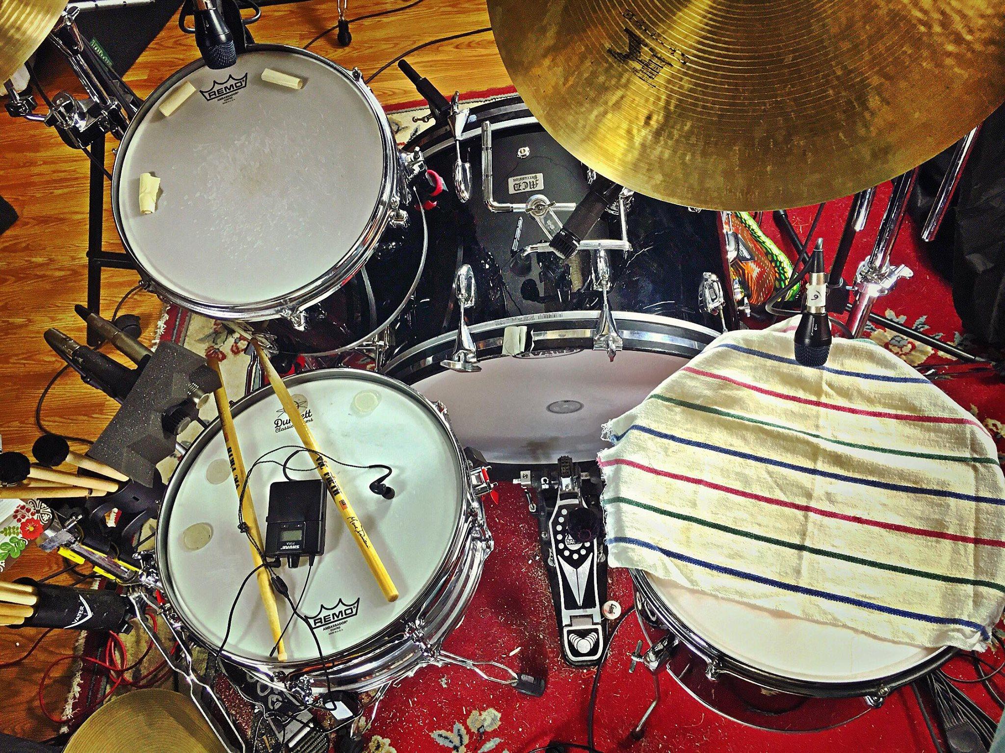 Mike-Dawson-Managing-Editor-for-Modern-Drummer-slingerland-bop-vistalite-slingerlandmcd-single-headed-single-headed-kit