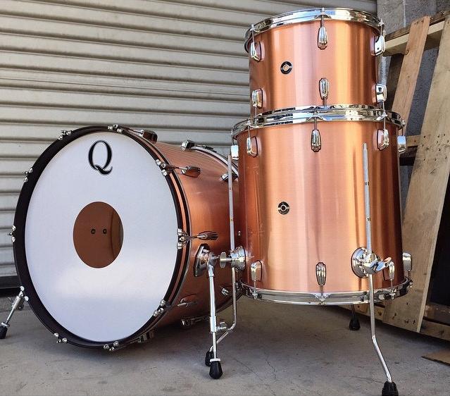 brass-drum-shells-full-kit-shell-How-To-Tune-Your-Drums-Drum-Q-Company-Custom-ilan-Rubin-Nine-inch-nails-Jeremy-berman-Muse-Paris-Qdrum-Recording-Tuning