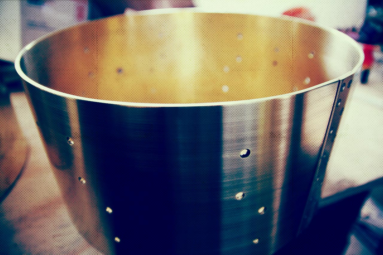 stainless-steel-How-To-Tune-Your-Drums-Drum-Q-Company-Custom-ilan-Rubin-Nine-inch-nails-Jeremy-berman-Muse-Paris-Qdrum-Recording-Tuning